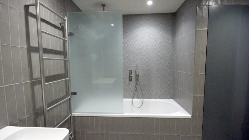 Streatham Common bathroom
